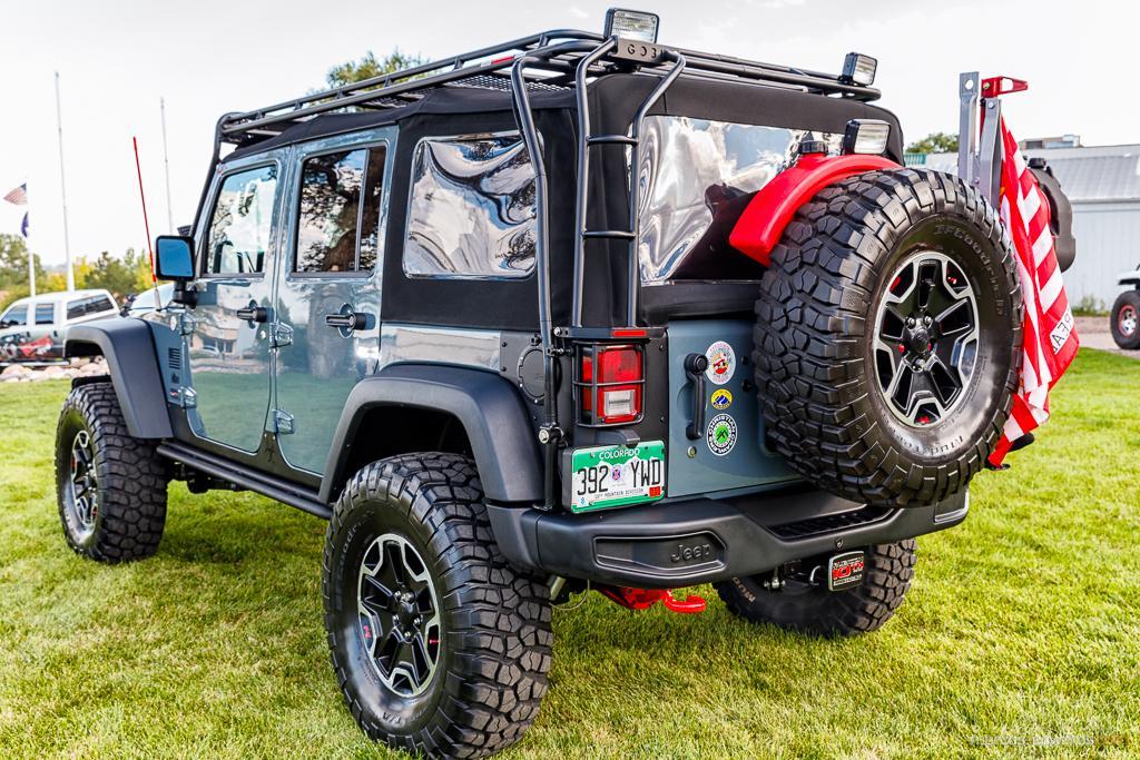 Teal Jeep Rear