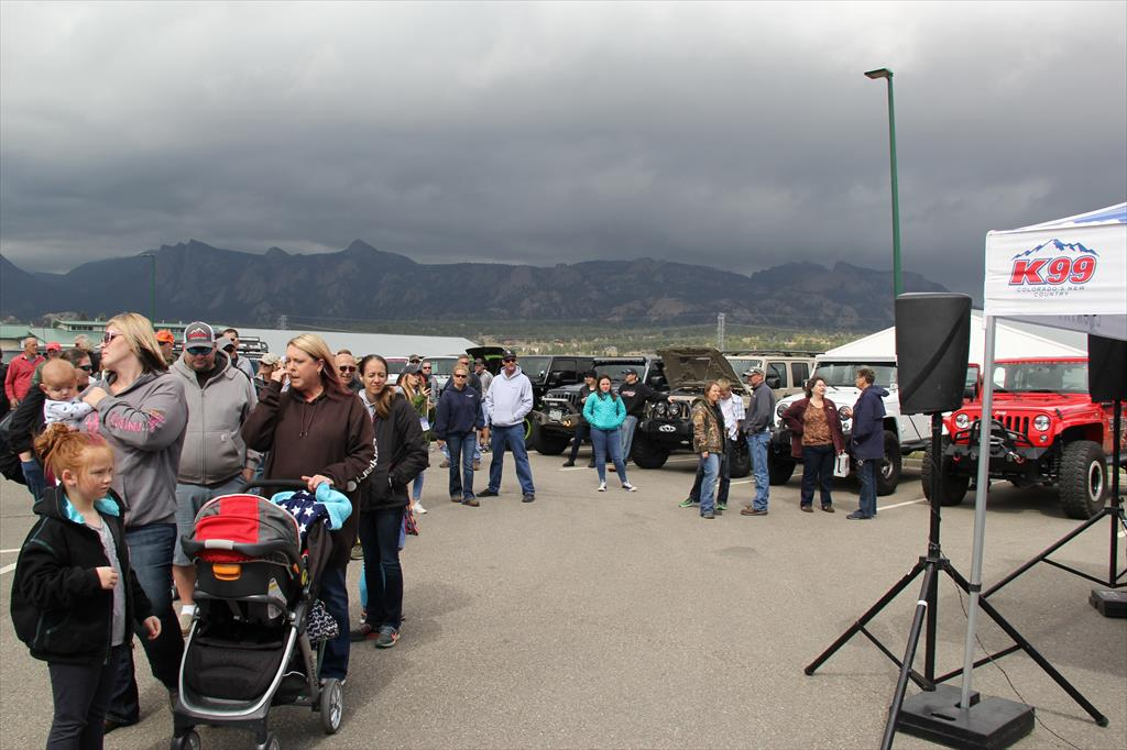 People at the 2017 Colorado Jeep Jaunt