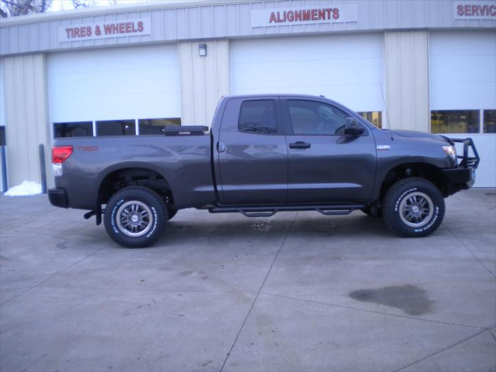 Grey pick up truck