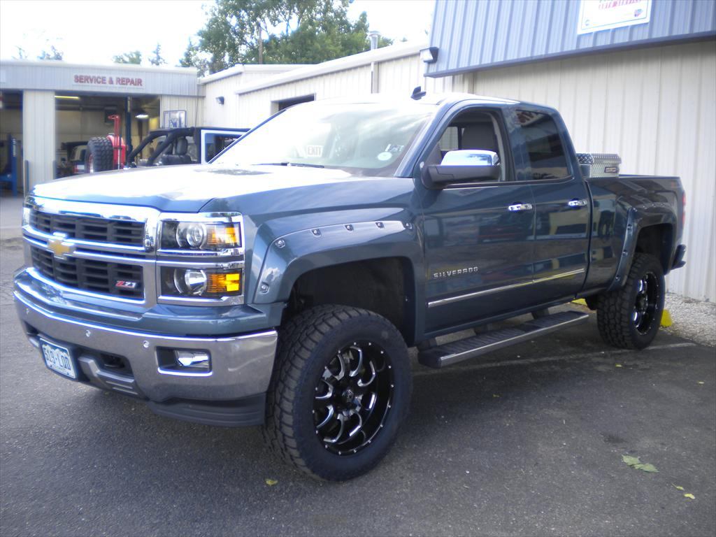 Silver pick up truck
