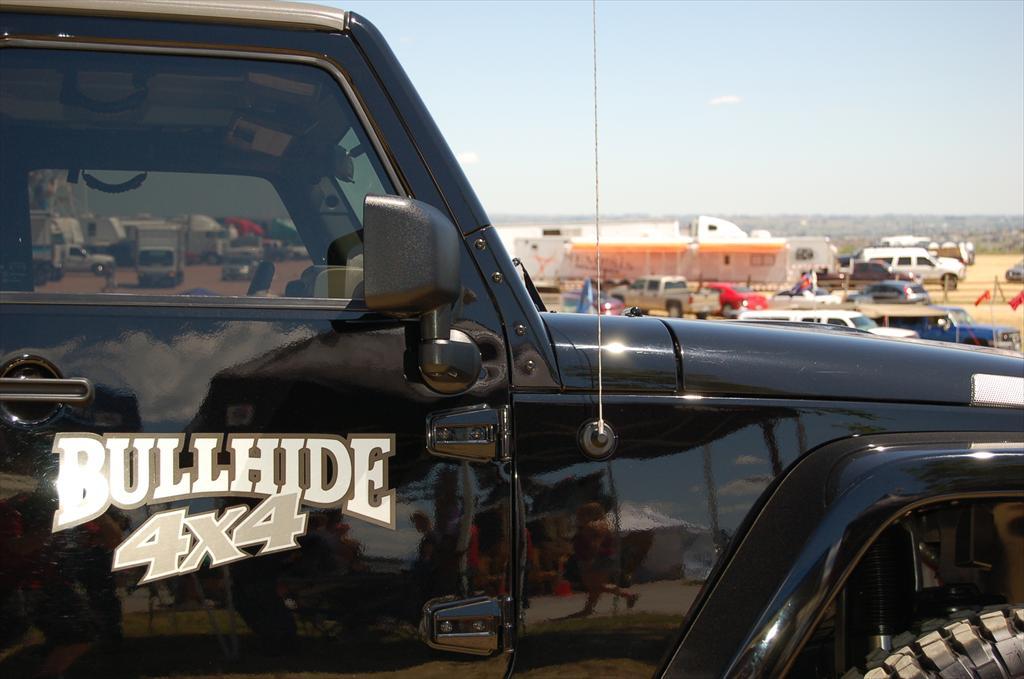 Bullhide 4x4 black car