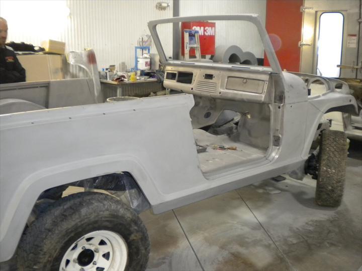 Plain car body