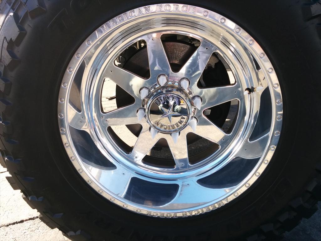 Tire rim