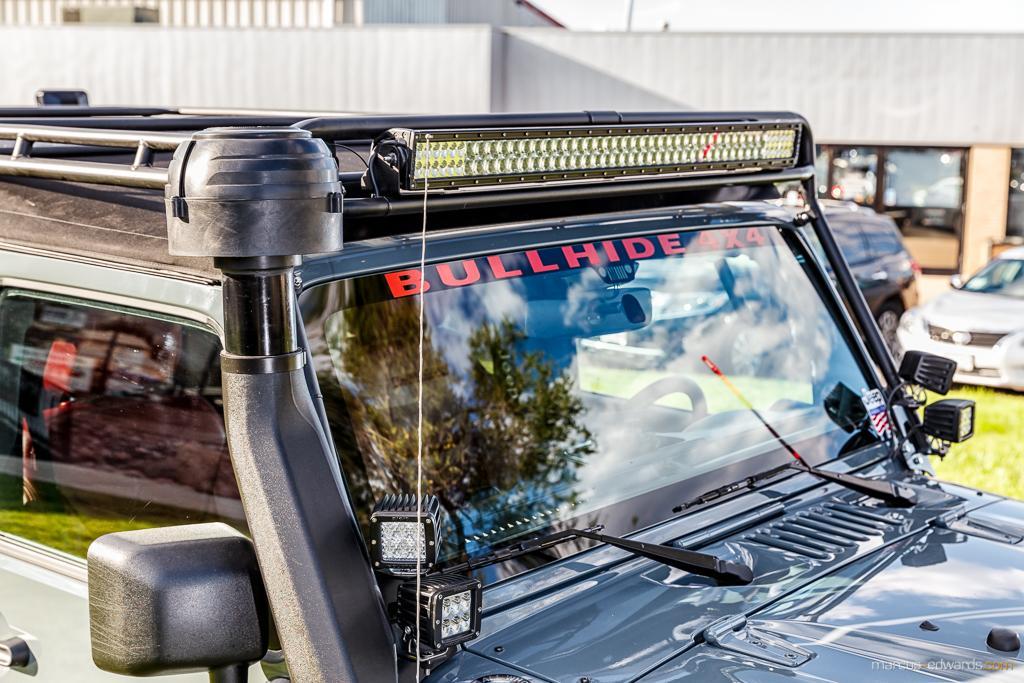 Teal Jeep Light Bar